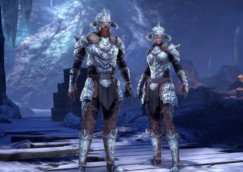 Two Players showcasing the Stahlrim Armor Pack from the new Life Festival in ESO